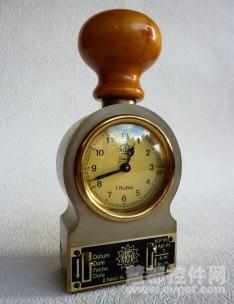 实时图表解决方时间戳提供更多的控制