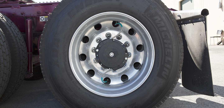 使用SolidWorks解决方案创建自动轮胎充气系统