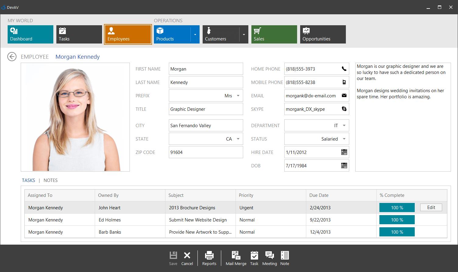 DevExpress WinForms示例:服务器模式 - 在DataLayotControl中编辑聚焦的GridView行