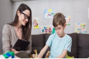 结合NVivo和Endnote进行质量评估的文献综合:寄养青年从照护过渡到独立生活