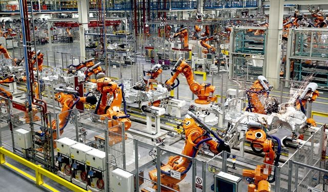 MES和ERP的区别是什么?哪个更适合制造工厂管理?