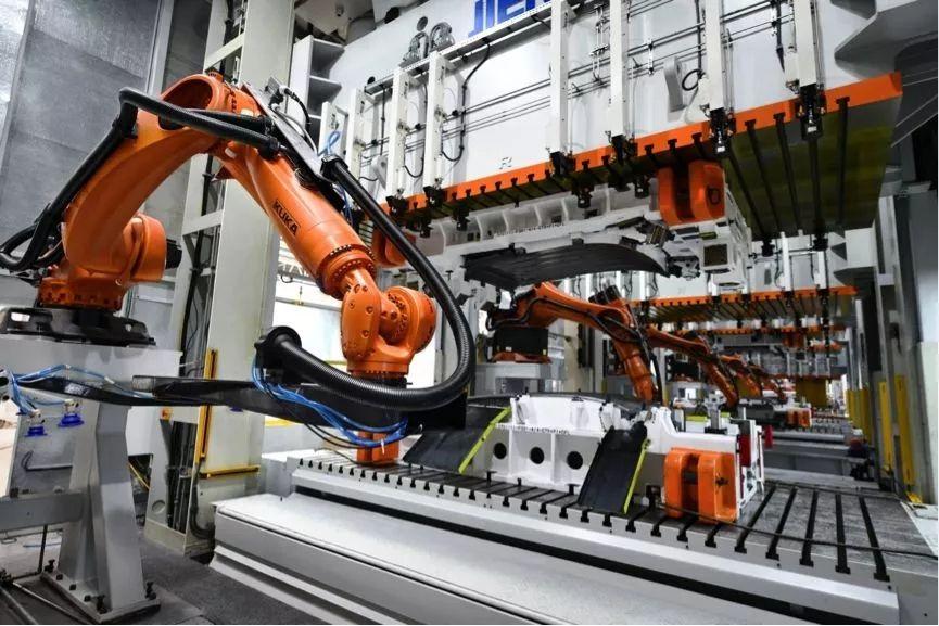 慧都汽车零部件MES系统解决方案,帮助企业快速构建市场竞争力